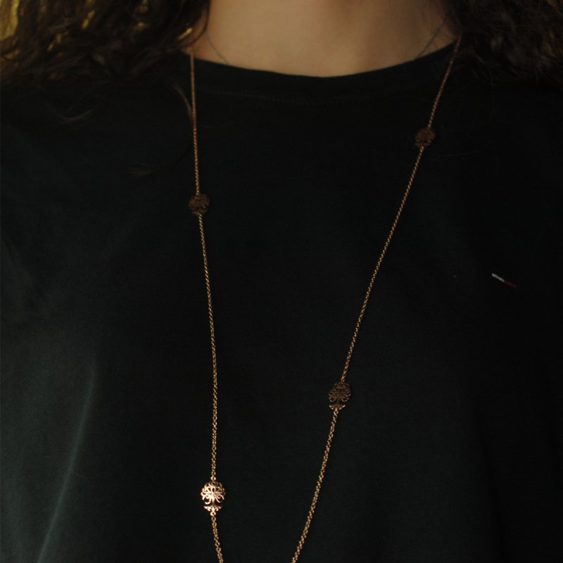 9 kt pink gold necklace with 5 trees